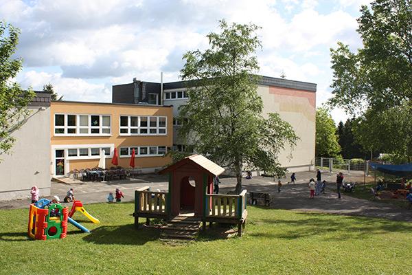 """Kita """"Kinderland am Apelsberg"""" Neuhaus"""